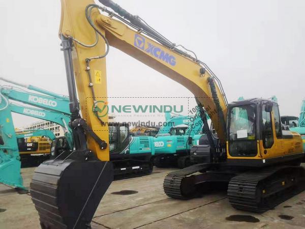 1 Unit XCMG Crawler Excavator XE215C