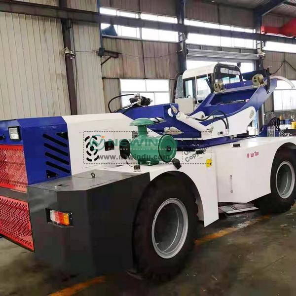1 Unit JBC4500 Self Loading Concrete Mixer Truck